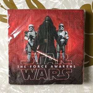 NWT DesignWare Star Wars Force Awakens Napkins